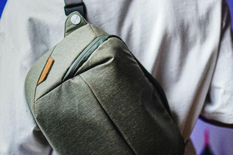 men's sling backpack