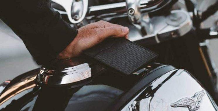 stylish carbon fiber wallet
